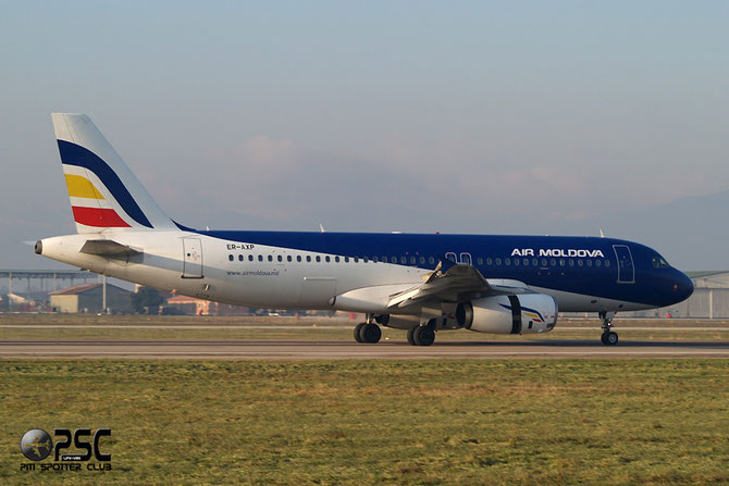 ER-AXP A320-233 741 Air Moldova