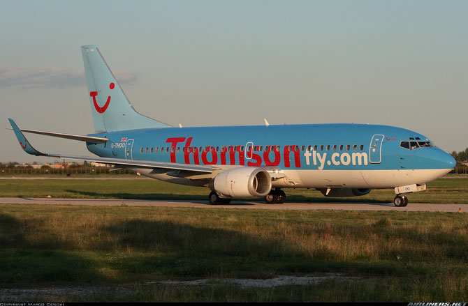 G-THOO B737-33V 29335/3094 Thomsonfly @ Aeroporto di Verona © Piti Spotter Club Verona