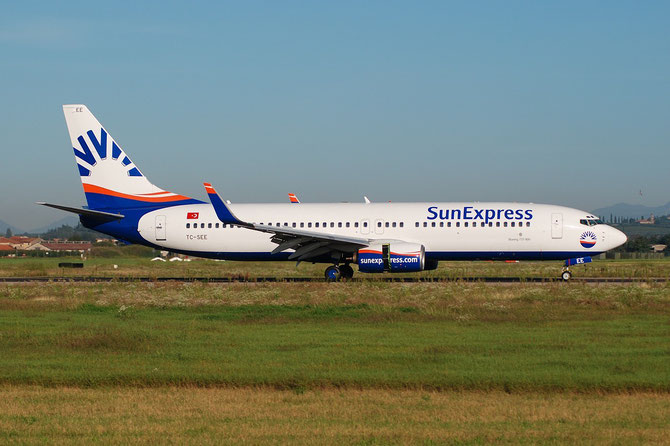TC-SEE B737-8CX 32363/1139 SunExpress