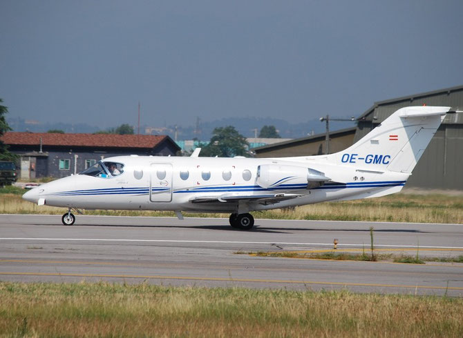 OE-GMC Beech 400A RK-162 Italfly
