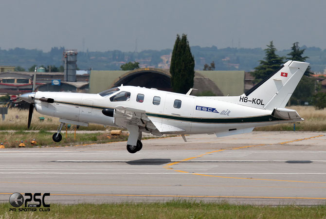 HB-KOL TBM-700B 218 Aerolift AG