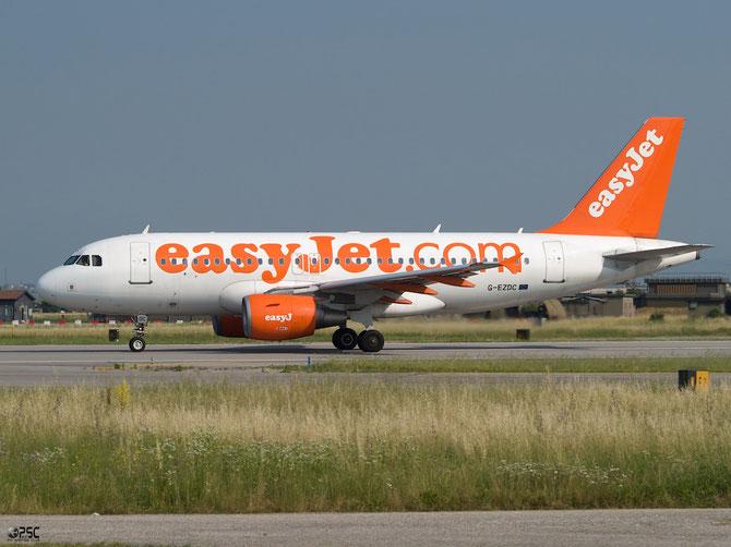 Airbus A319 - MSN 2043 - G-EZDC  @ Aeroporto di Verona © Piti Spotter Club Verona