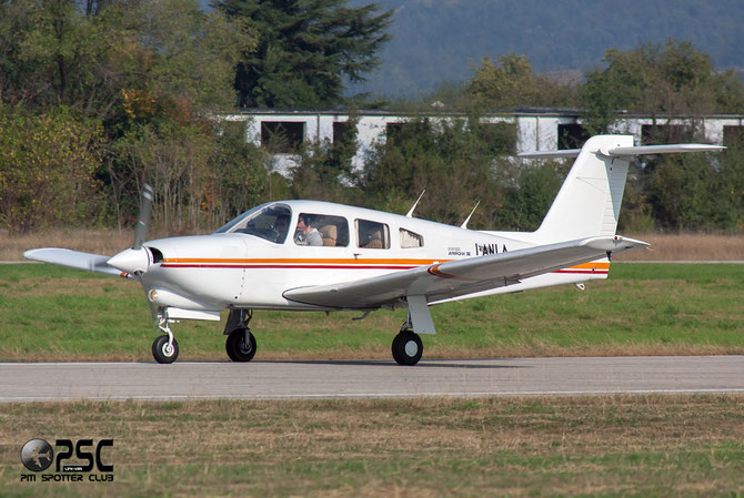 I-ANLA - Piper PA-28R Arrow / RT Turbo Arrow