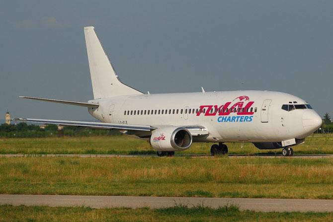 LY-FLE B737-3L9 27061/2347 FlyLal Charters