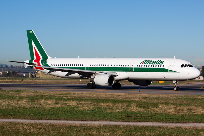Airbus A321 - MSN 1220 - I-BIXK @ Aeroporto di Verona © Piti Spotter Club Verona