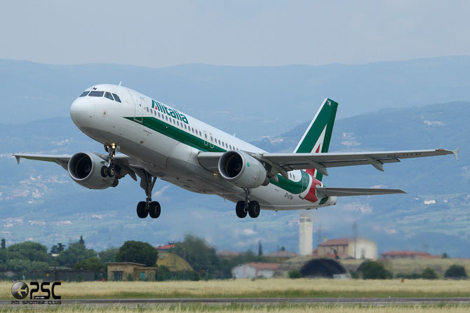EI-DTM A320-216 4119 Alitalia