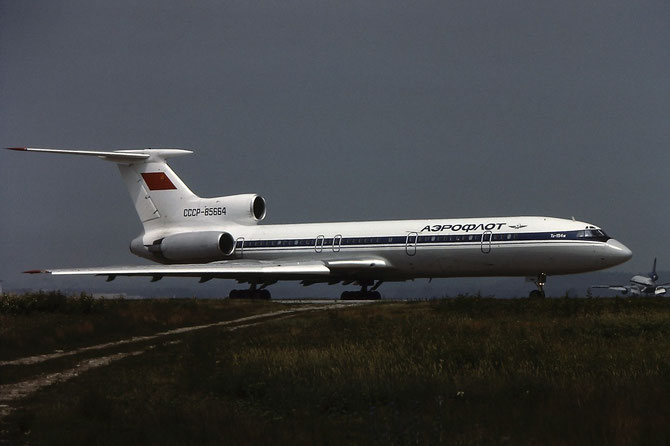 89A818 Tu-154M CCCP-85664 AFL/International (Aeroflot)
