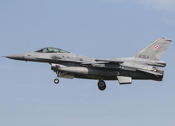 4064  F-16C-52CF JC-25 32.BLT (10.elt