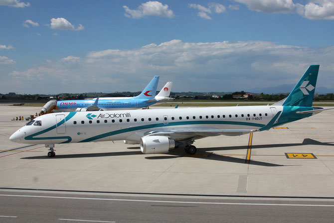 Embraer 190/195 - MSN 606 - I-ADJT @ Aeroporto di Verona © Piti Spotter Club Verona