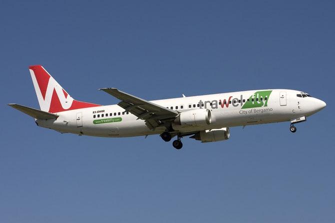 EI-DMR B737-436 25851/2387 Mistral Air 20may11 Trawelfly c/s