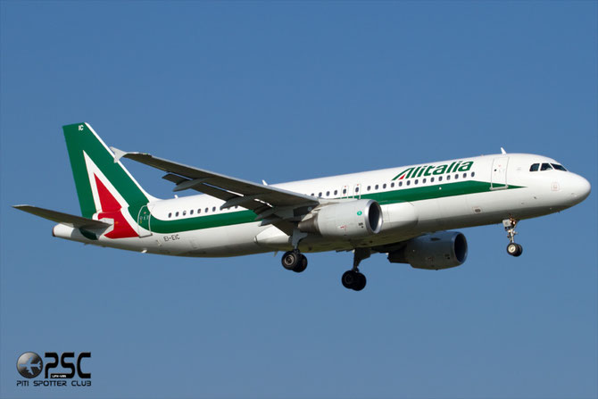 Airbus A320 - MSN 4520 - EI-EIC  @ Aeroporto di Verona © Piti Spotter Club Verona