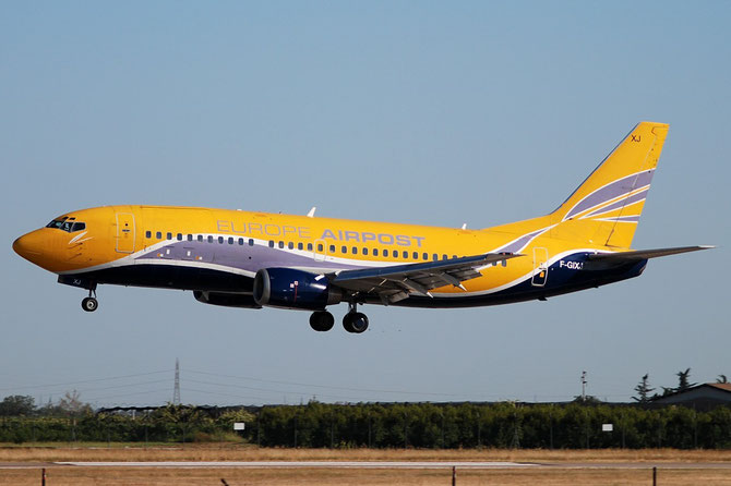 F-GIXJ B737-3Y0QC 23685/1357 Europe AirPost