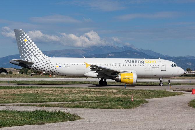 EC-LVC A320-214 1372 Vueling Airlines @ Aeroporto di Verona © Piti Spotter Club Verona