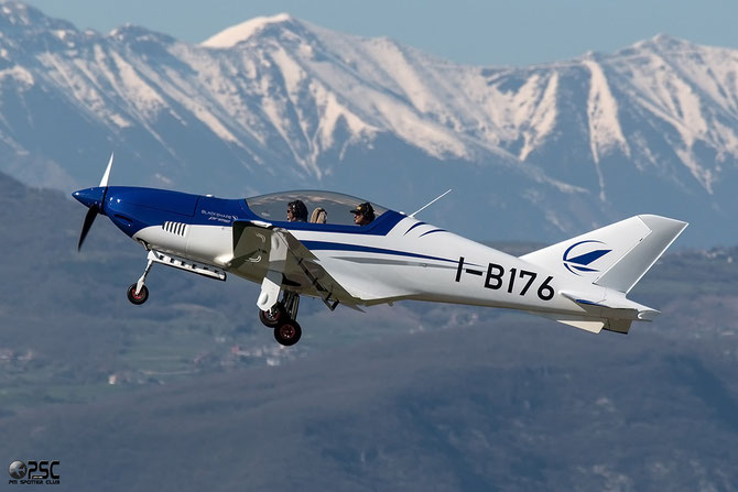 I-B176 - Blackshape Prime - @ Aeroporto Verona Boscomantico © Piti Spotter Club Verona