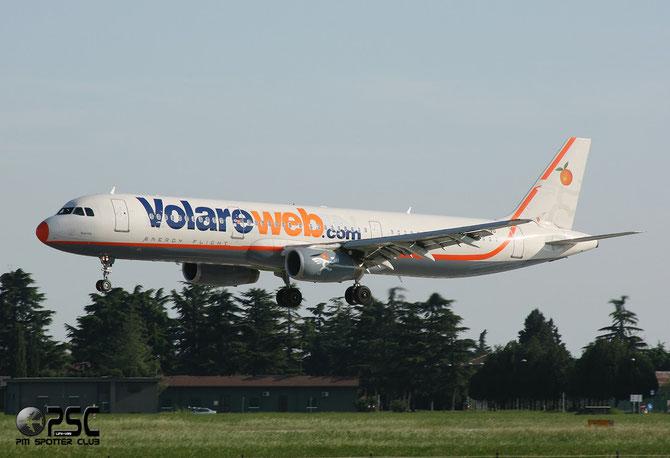 I-LIVD A321-231 792 Volare Airlines @ Aeroporto di Verona © Piti Spotter Club Verona