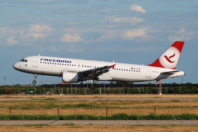 TC-FHB A320-214 3025 Freebird Airlines @ Aeroporto di Verona © Piti Spotter Club Verona