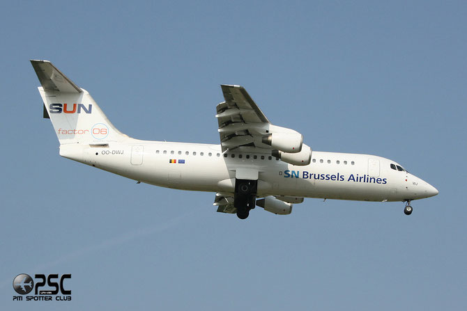 OO-DWJ BAe146-RJ100 E3355 Brussels Airlines