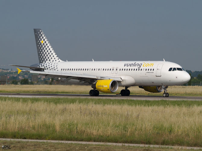Airbus A320 - MSN 3995 - EC-LRN @ Aeroporto di Verona © Piti Spotter Club Verona