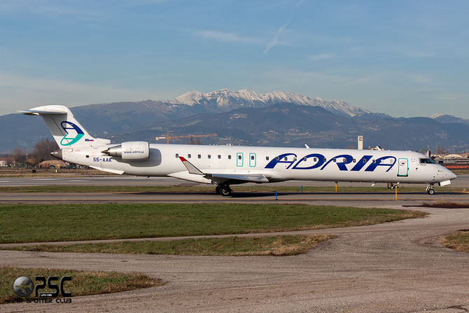 VS5-AAK CRJ900ER 15128 Adria Airways
