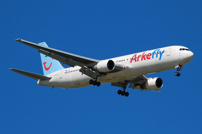 PH-AHX B767-383ER 24847/315 ArkeFly