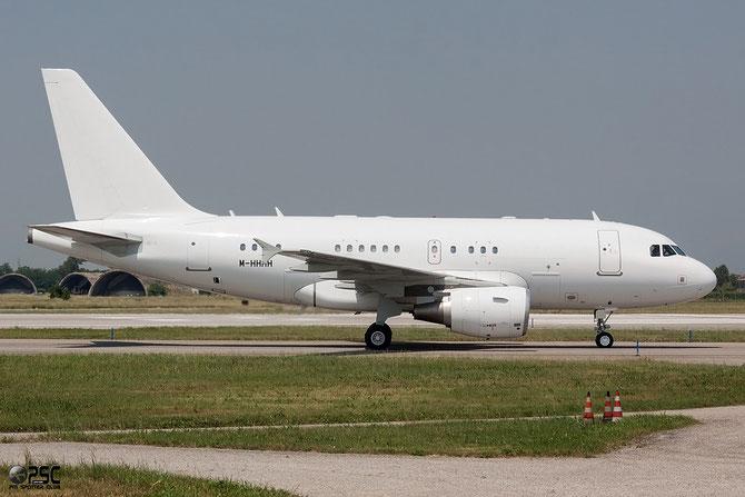 M-HHHH A318-112 (ACJ) 4650 Kutus.ltd @ Aeroporto di Verona © Piti Spotter Club Verona