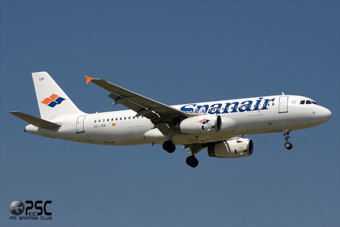 EC-IZK A320-232 2223 Spanair