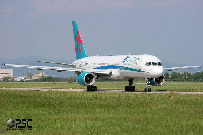 Boeing 757 - MSN 33101 - G-OOBF @ Aeroporto di Verona © Piti Spotter Club Verona