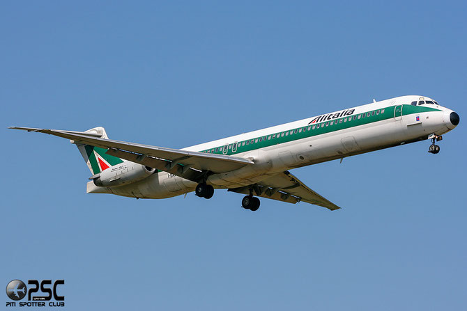 I-DAVS MD-82 49551/1586 Alitalia