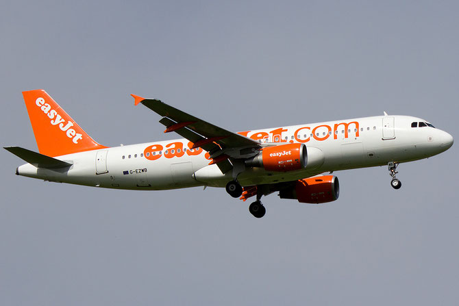 G-EZWB A320-214 5224 EasyJet Airline