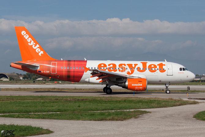 G-EZBF A319-111 2923 EasyJet Airline - Tartan Logojet