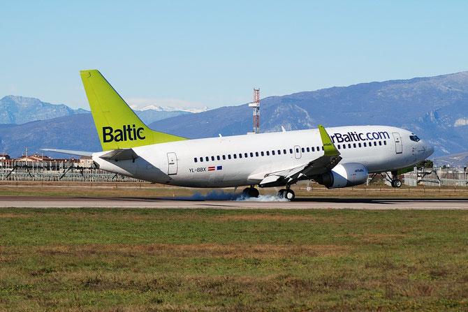 YL-BBX B737-36Q 30334/3120 airBaltic @ Aeroporto di Verona © Piti Spotter Club Verona