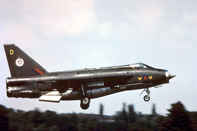 XS931 D Lightning F6 95264 5sq