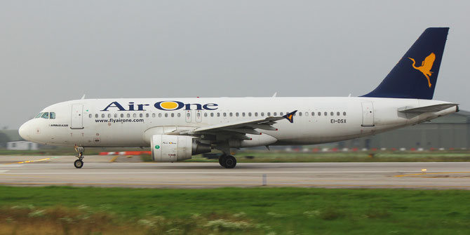 EI-DSX A320-216 3643 Air One
