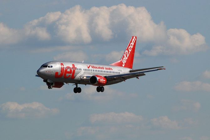 G-CELZ B737-377QC 23658/1281 Jet2 @ Aeroporto di Verona © Piti Spotter Club Verona