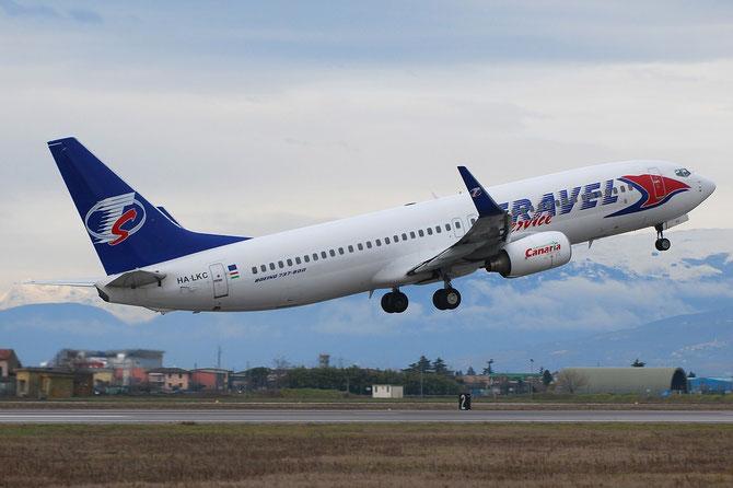 HA-LKC B737-8K5 27991/248  Travel Service @ Aeroporto di Verona © Piti Spotter Club Verona
