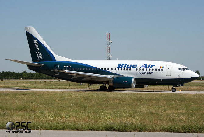 YR-BAB B737-53A 24785/1882 Blue Air