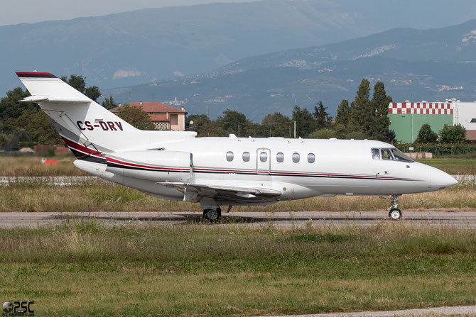 CS-DRV BAe125-800XPi 258825 NetJets Europe