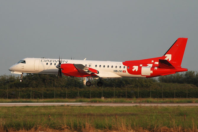 HB-IYI Saab 2000 2000-016 Darwin Airline