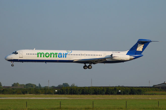 9A-CDD MD-82 49113/1069 MontAir