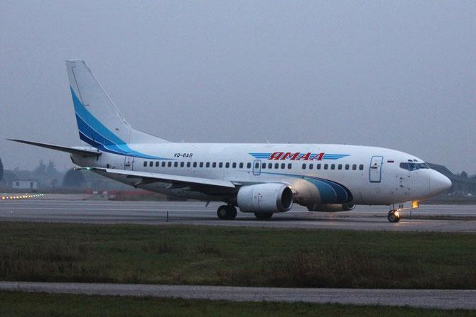 Boeing 737 - MSN 28565 - VQ-BAB @ Aeroporto di Verona © Piti Spotter Club Verona