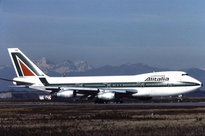 I-DEMW B747-243B 23476/647 Alitalia