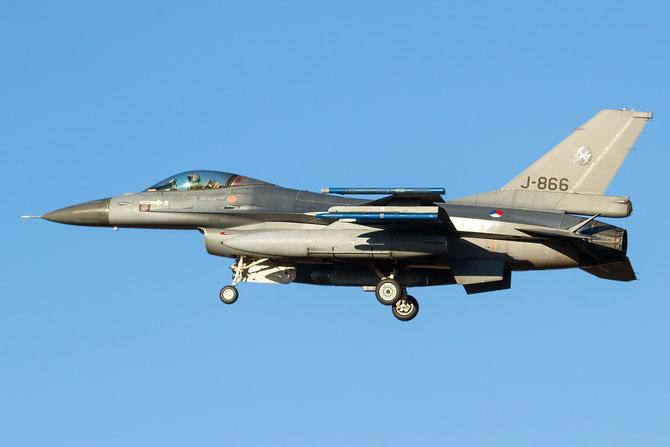J-866  F-16AM 6D-83 312/313sq