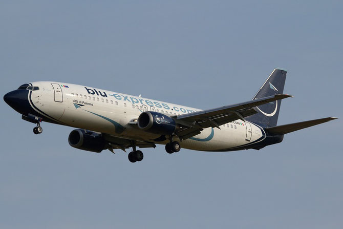 Boeing 737 - MSN 27074 - EI-CUN  @ Aeroporto di Verona © Piti Spotter Club Verona