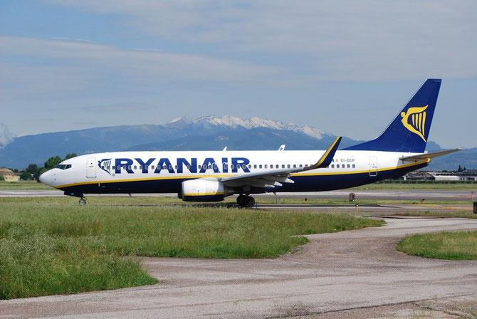 EI-DCP B737-8AS 33810/1595 Ryanair