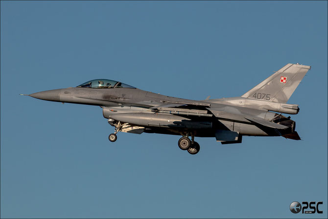 Poland - 4075 F-16C-52CF JC-36 32.BLT (10.elt