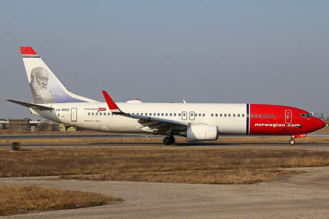 LN-NOX B737-8JP 37818/3384 Norwegian