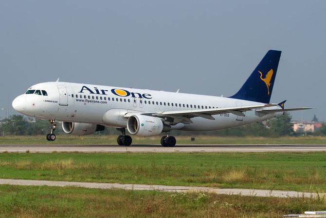 EI-DSS A320-216 3515 Air One
