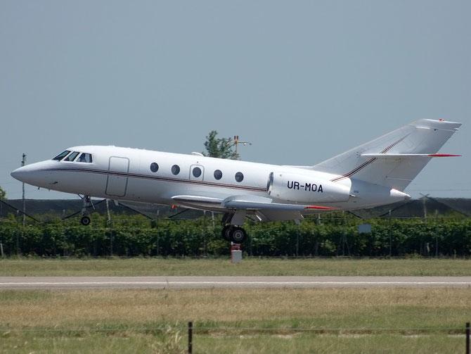 UR-MOA Falcon 20D-5 237/476 ISD Avia