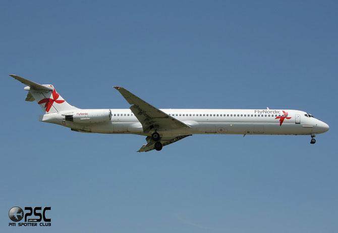 SE-RDV MD-83 49574/1413 FlyNordic