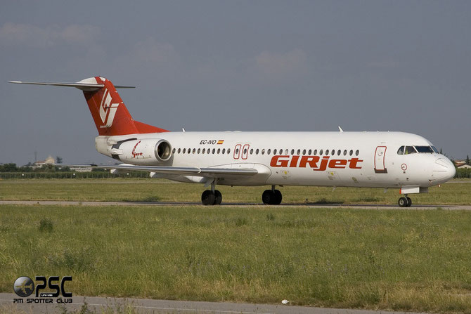 EC-IVO Fokker 100 11452 GirJet - Gestion Aerea Ejecutiva